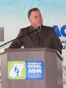 AGM promove assembleia geral e confraternização com prefeitos