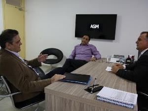 Deputado Talles Barreto visita a AGM
