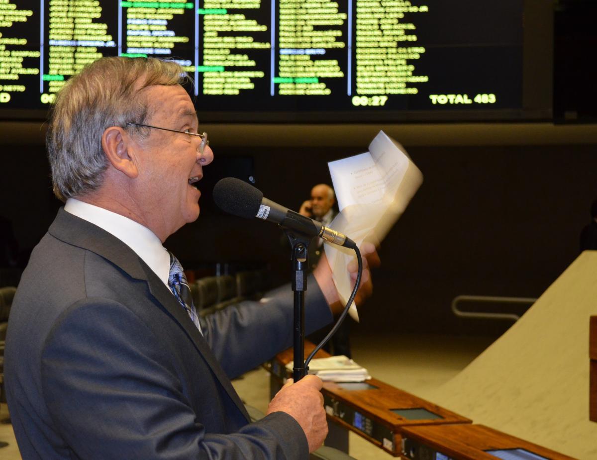 Prefeitos goianos aprovam Eleições Gerais com prorrogação de mandatos