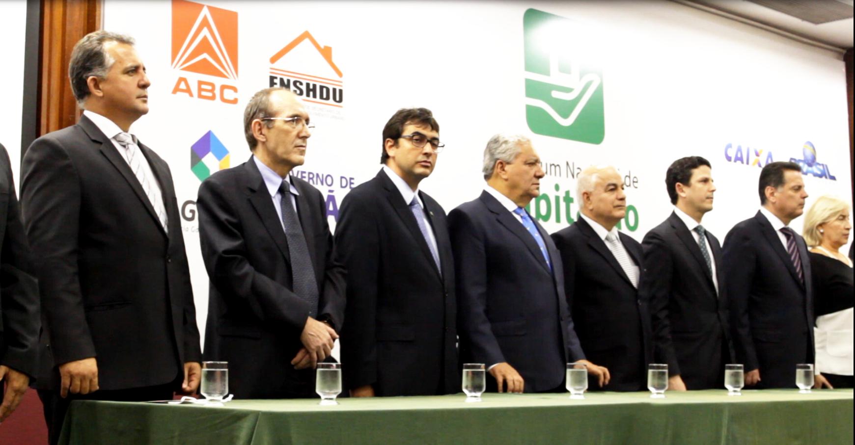Ministro das cidades visita Goiás durante Fórum de Habitação