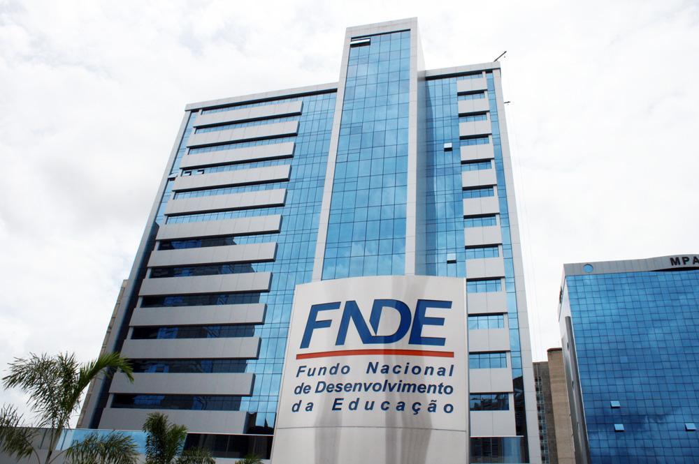 FNDE padroniza prazos para saques de Bolsas e Auxílios