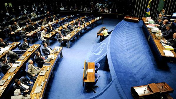 Senado aprova projeto que limita sanção a municípios