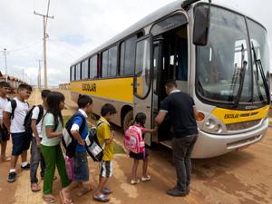 Governo Estadual quita repasses do Transporte Escolar de 2016