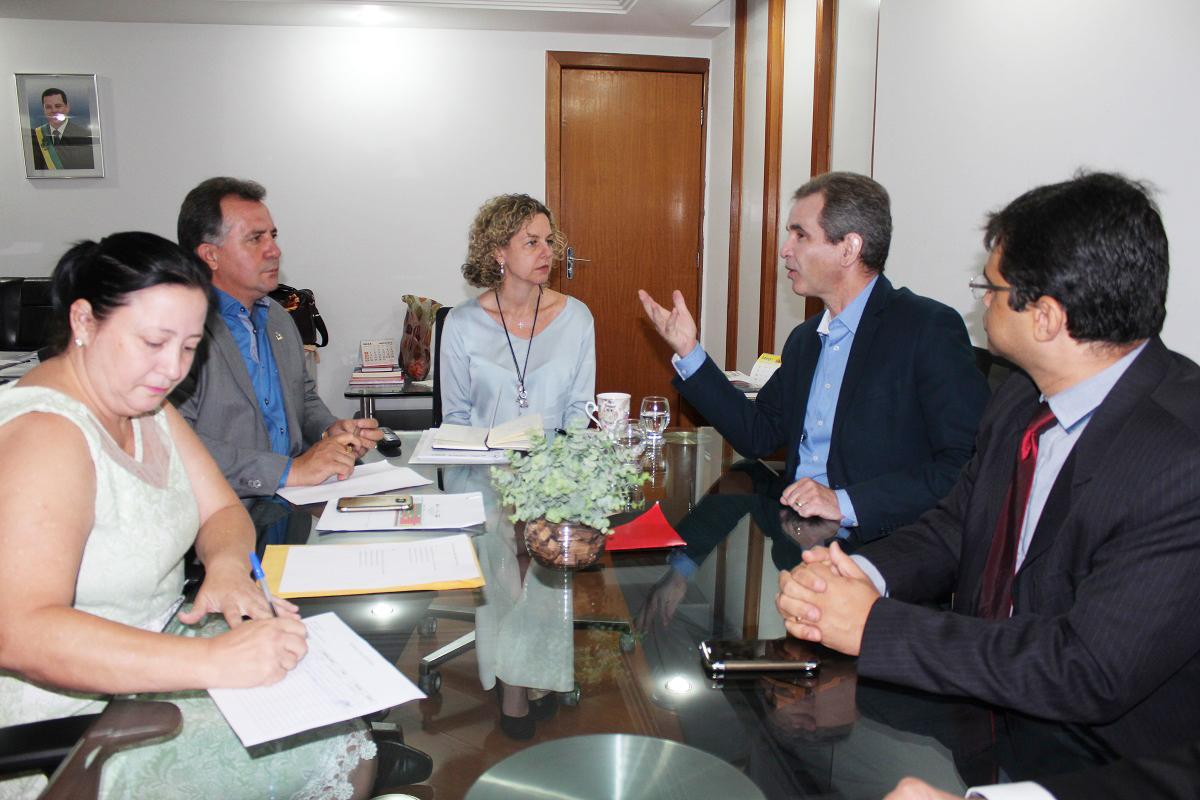 Presidente da AGM se reúne com secretários da Fazenda e de Saúde