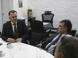 Acordo ente AGM e TCM permite que prefeitos invistam repasses atrasados em todas as áreas