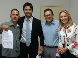 Secretária Lêda Borges recebe prefeitos