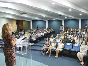 OVG apresenta ações e programas para Prefeitas e primeiras-damas