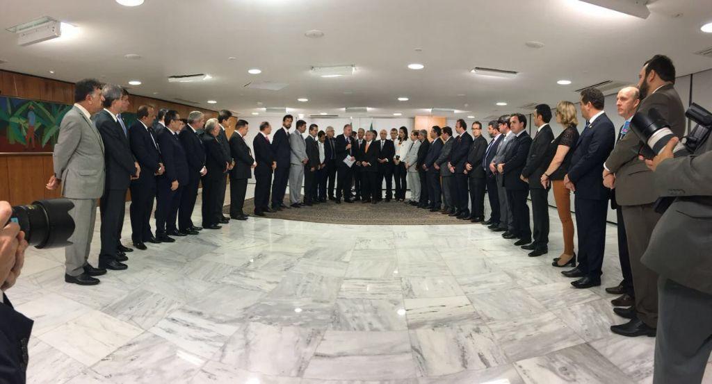 Presidente Michel Temer e Seus Ministros Não Honram Palavra Com Os Municípios do Brasil