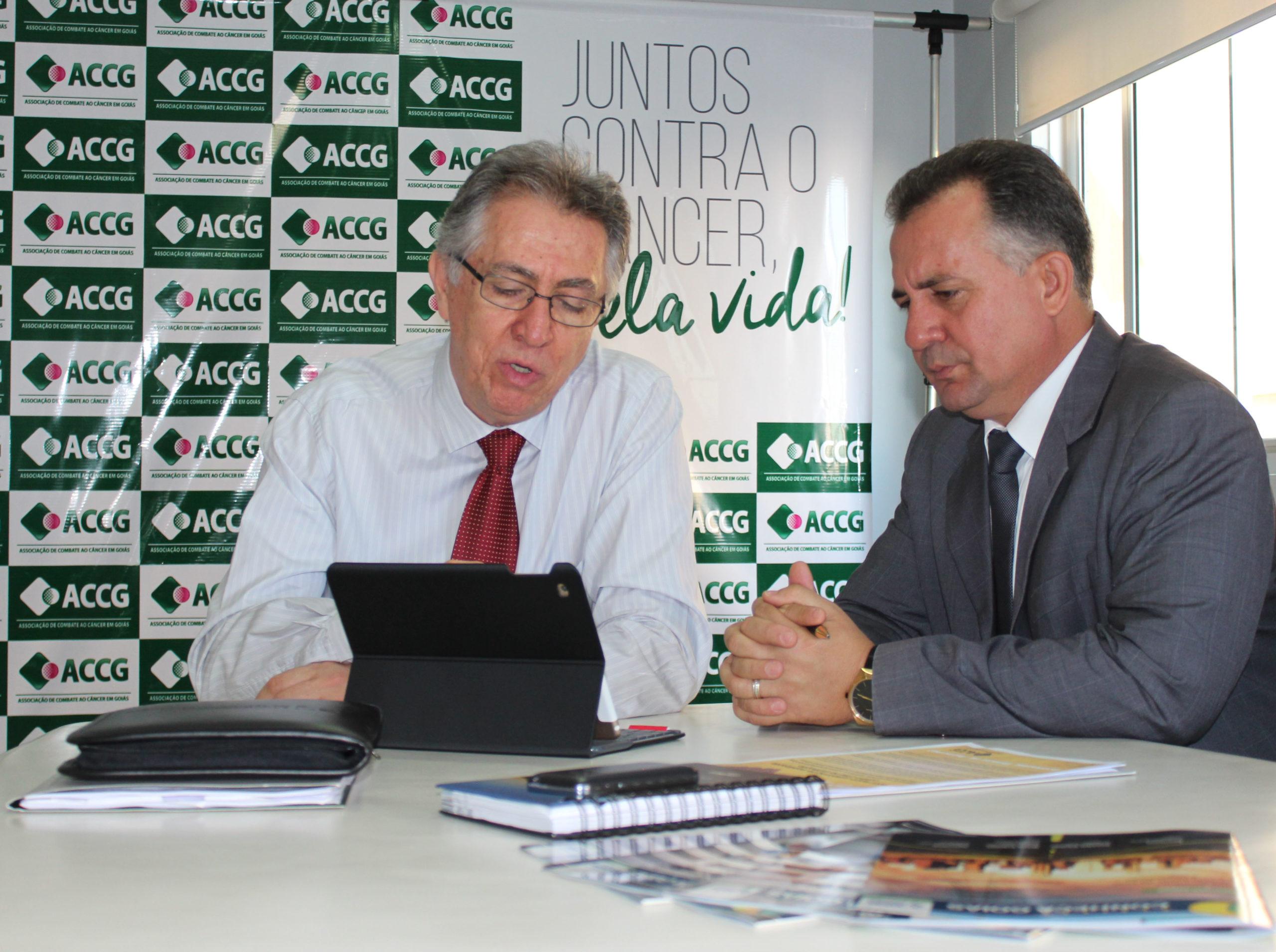 AGM hipoteca apoio à Associação de Combate ao Câncer de Goiás