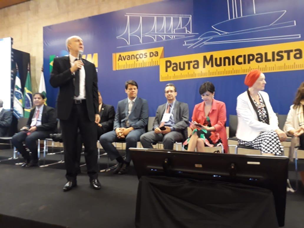 Prefeitos voltam à Brasília e reforçam reivindicações
