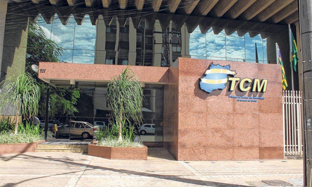 TCM-GO divulga decisões da justiça de proibição de licitar com o poder público