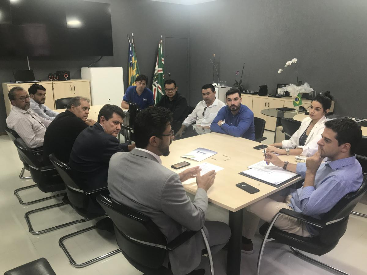 AGM discute com Secretário da Saúde pagamentos em atraso aos municípios
