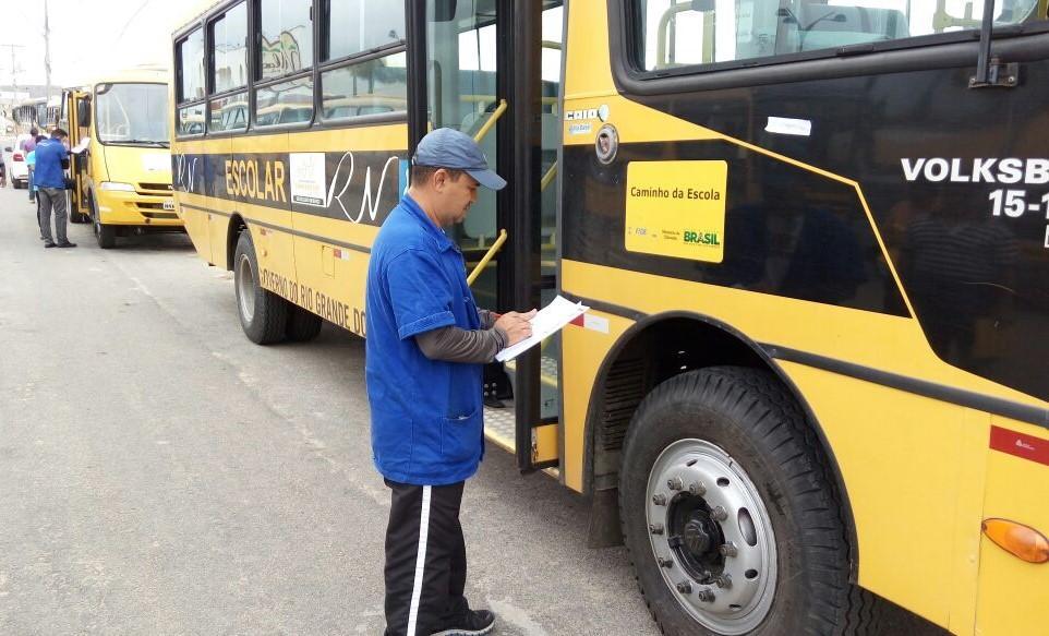 DETRAN-GO inicia vistoria do Transporte Escolar
