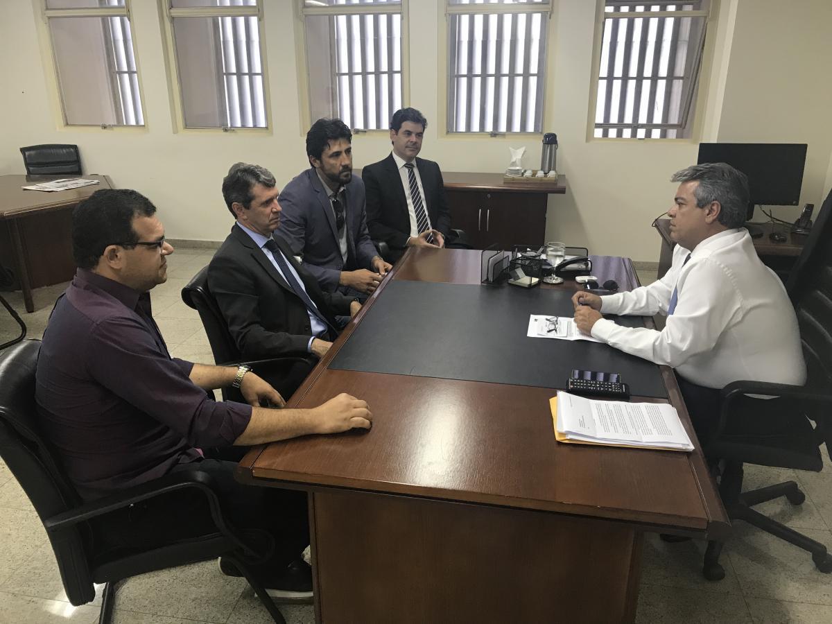 AGM dialoga com o Governo Estadual e discute atualização de repasses
