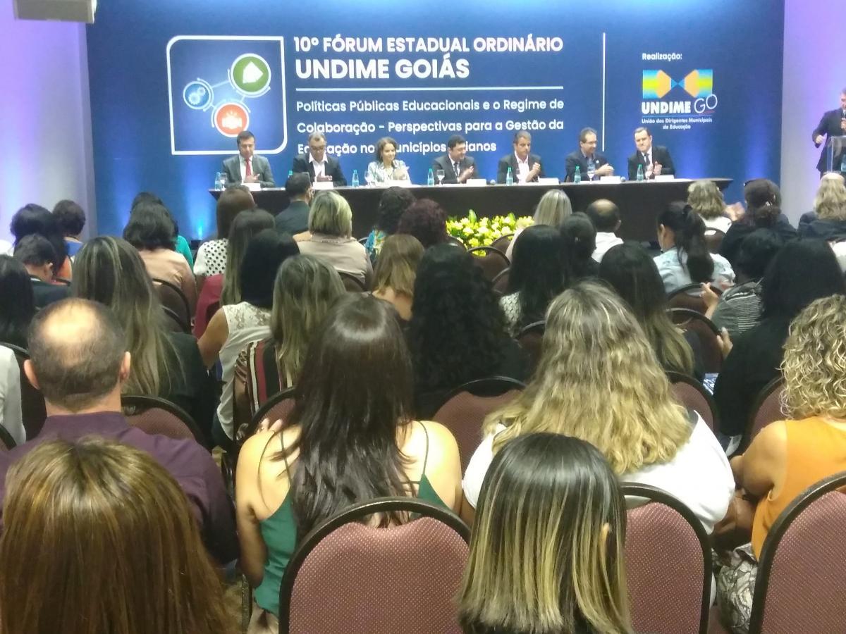 Secretários Municipais de Educação discutem implantação da Base Curricular
