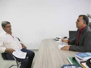 Prefeito de Itajá visita a AGM em busca de informações