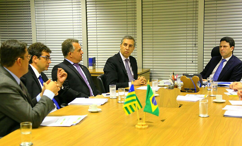 Presidente da AGM acompanha governador em visita à Brasília