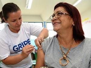 ?Começa a vacinação dos professores contra a gripe Influenza
