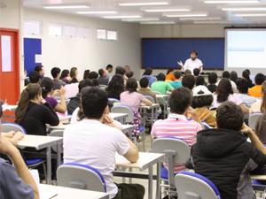 ?Bolsa Universitária: mais 10 mil alunos são incluídos