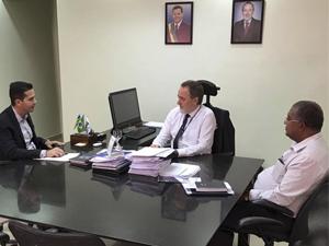 Prefeitura de Itumbiara e UEG discutem vestibular para Medicina