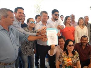 ?Prefeitura inaugura Obras e dá Ordem de Serviço para Pavimentação em São Francisco de Goiás