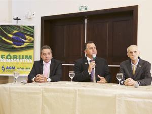 Fórum Democrativa reúne prefeitos e discute economia nacional