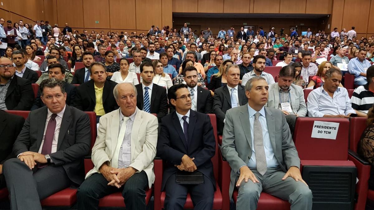 Seminário sobre o Goiás na Frente reúne participantes de todos os municípios