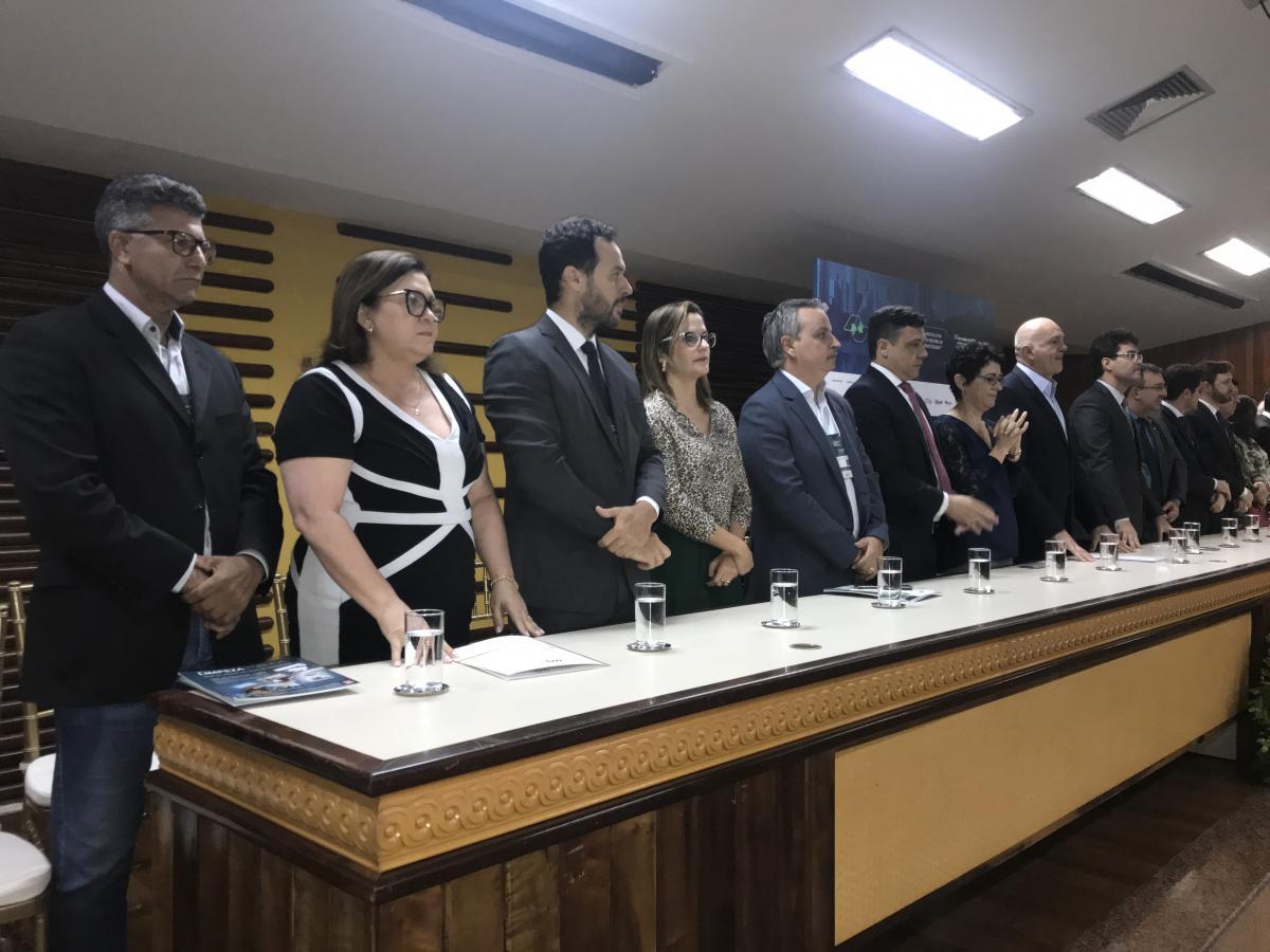 Municípios participam de seminário sobre Resíduos Sólidos
