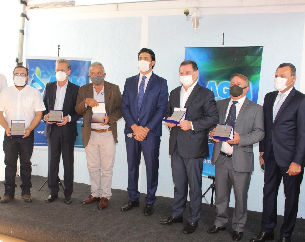 AGM homenageia prefeitos e ex-governador Marconi Perillo